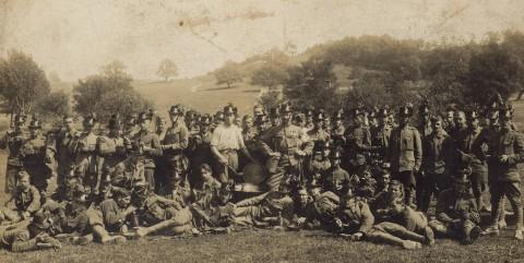 felkelők az egyik győztes csata után