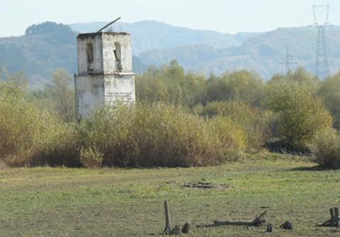 Bözödújfalu templomtornya