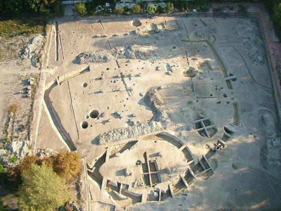 ásatás a Hajógyári-szigeten