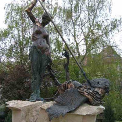 Civitas Fortissima szobor Balassagyarmaton