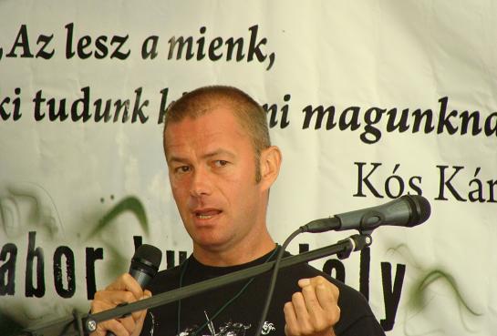 Kosaras Péter Ákos