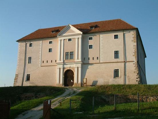az ozorai kastély