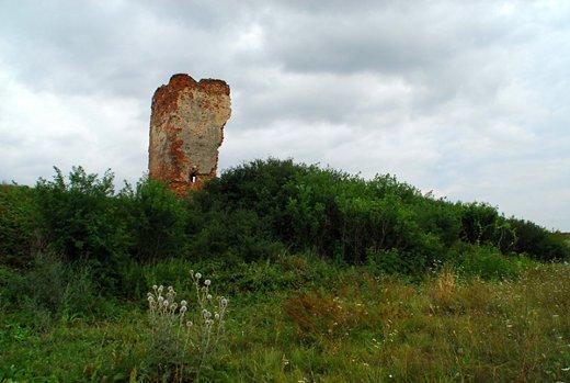 a szalárdi Adorján-vár romjai