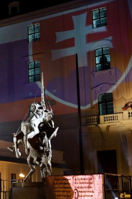 Szvatopluk szobra a pozsonyi várban