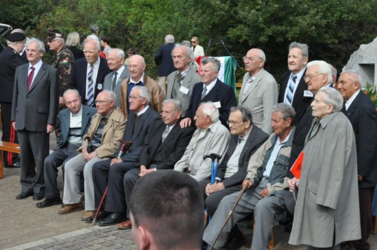 egykori rabok Sólyom Lászlóval és Boross Péterrel (2010. szeptember 25.)