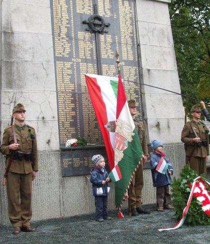 a felsőőri Pro Patria emlékmű