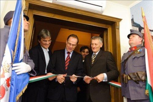 Navracsics Tibor (középen), Matúz Gábor (balra) és Medvácz Lajos