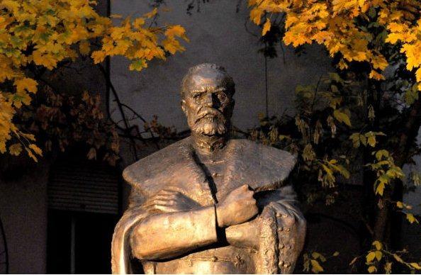 gróf Tisza István szobra, Harmath István alkotása (MTI)