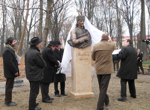 Károlyi Sándor szobrának avatása Nagykárolyban (fotó: Babos Krisztina)