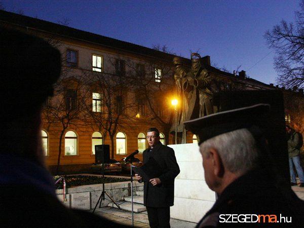 Zakar Péter ünnepi beszéde (fotó: Gémes Sándor, szegedma.hu)