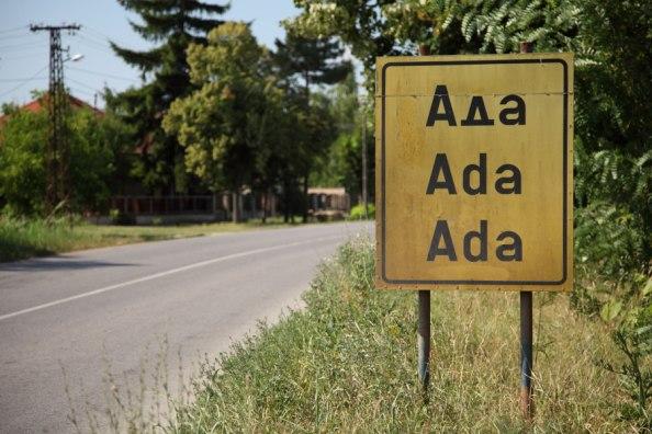 Ada neve török eredetű. A szerbek sem tudtak jobbat kitalálni