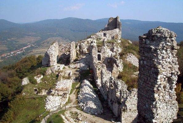 a regéci vár (fotó: boon.hu)