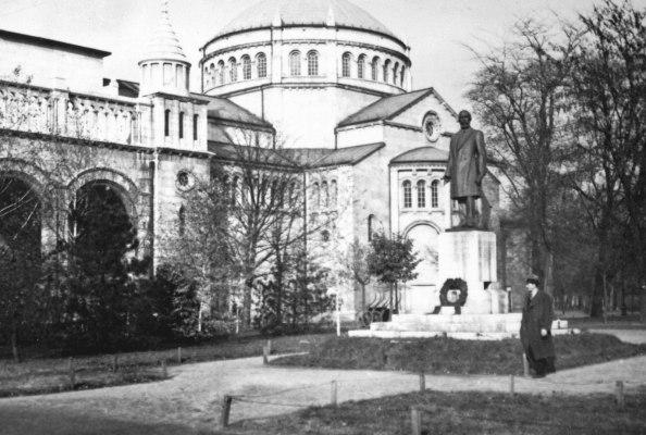 A Regnum Marianum templom 1938-ban (fotó: fortepan.hu)