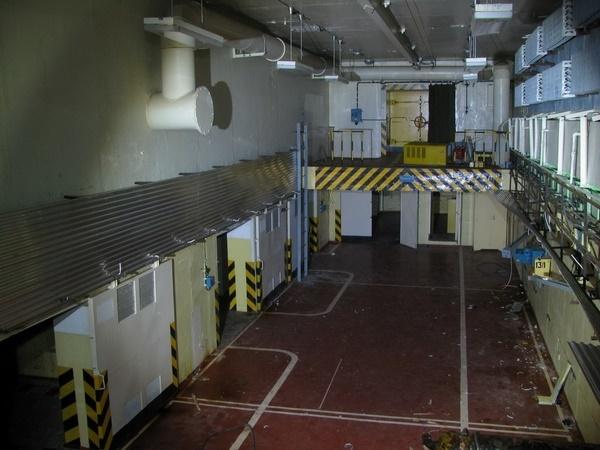 a nagyvázsonyi atomraktár belülről (fotó: falanszter.blog.hu)