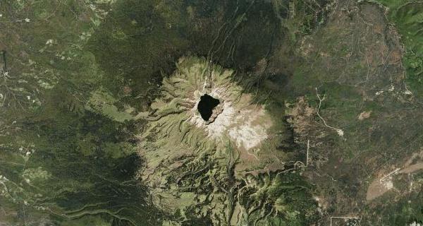 Krátertó a Csangbajon